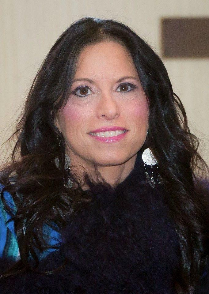 Cindy Grosz