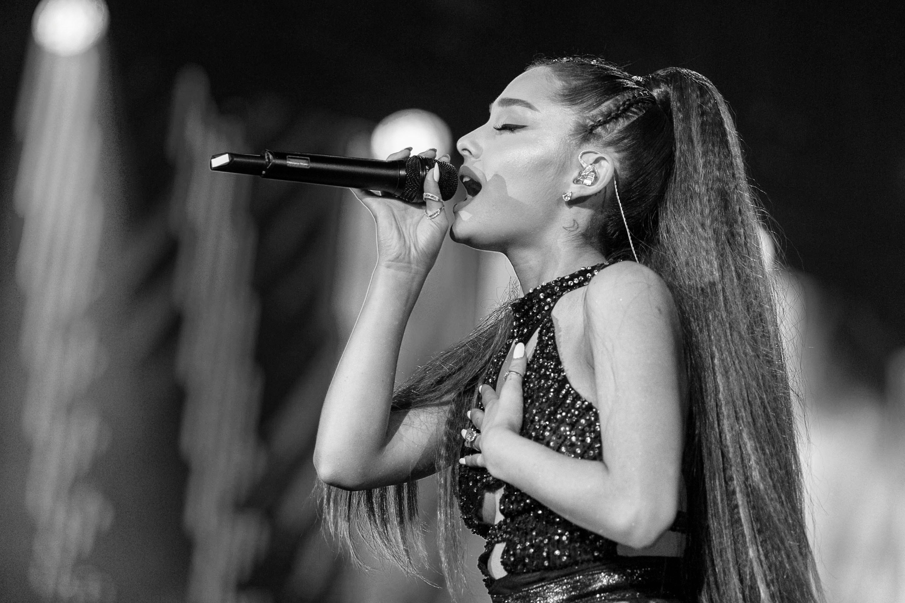 Who is ariana grande dating august 2019 hebrew
