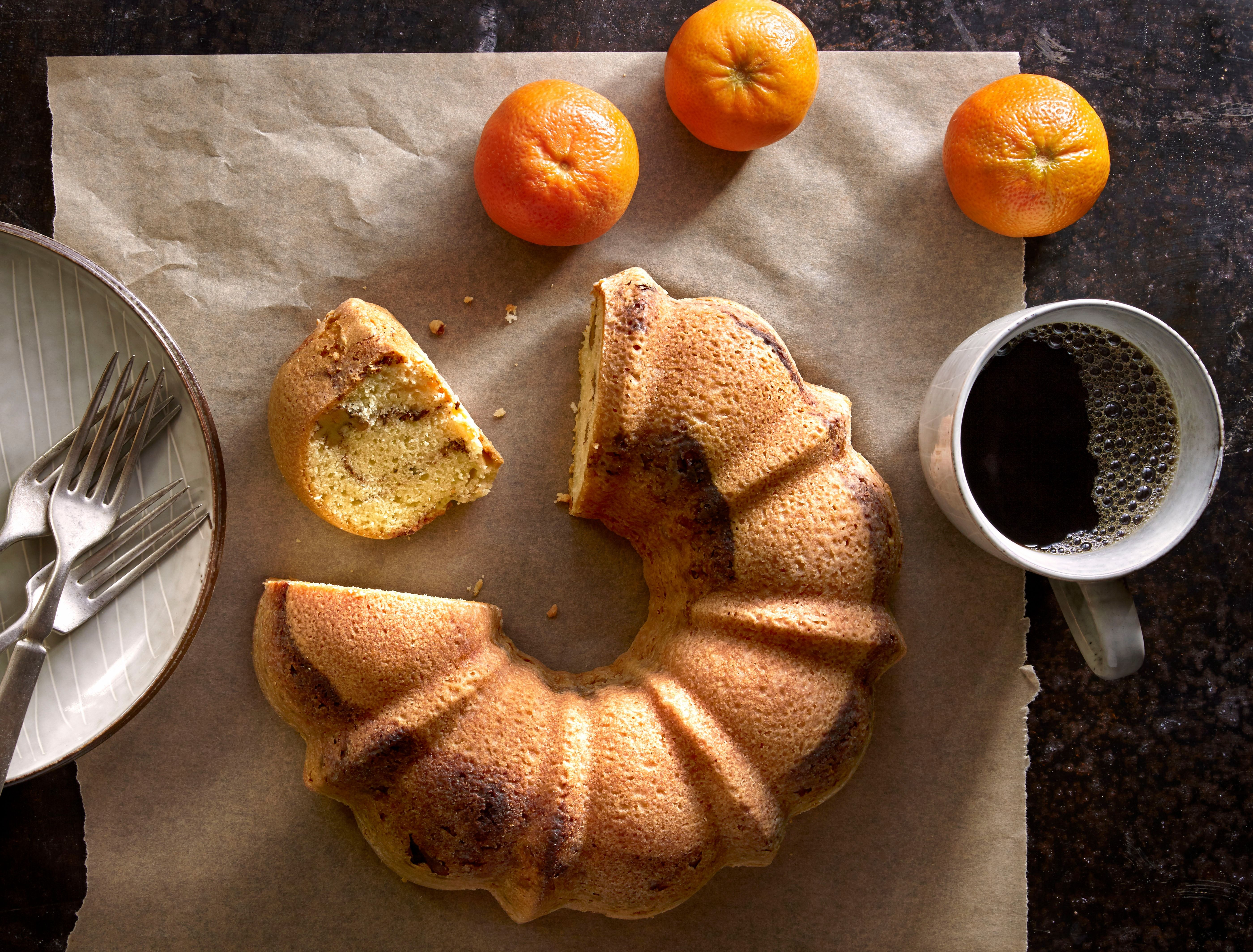 Why Sour Cream Coffee Cake Is Quintessentially Jewish