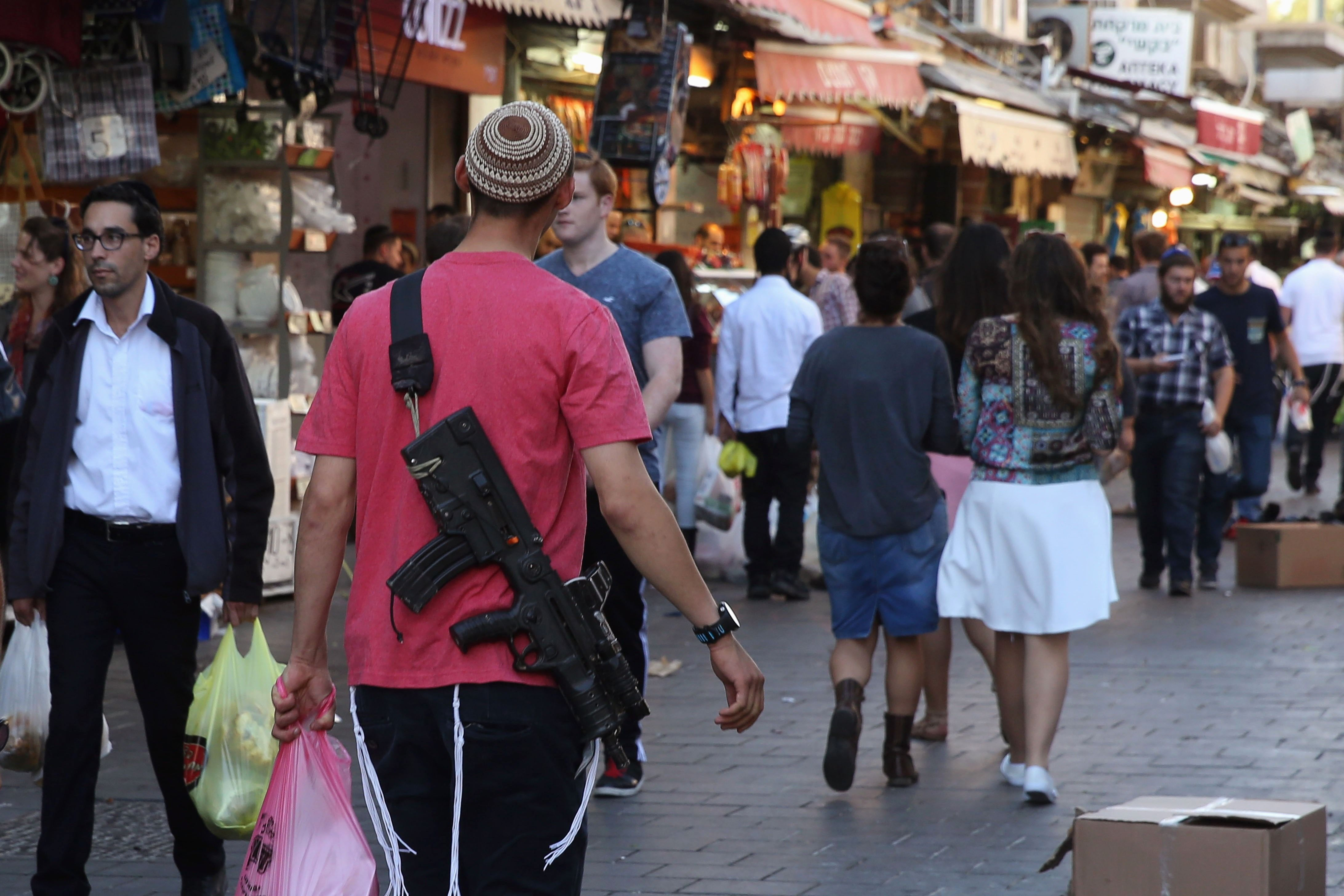 FACT CHECK: Israel Does Not Have An Armed Citizenry, Mr