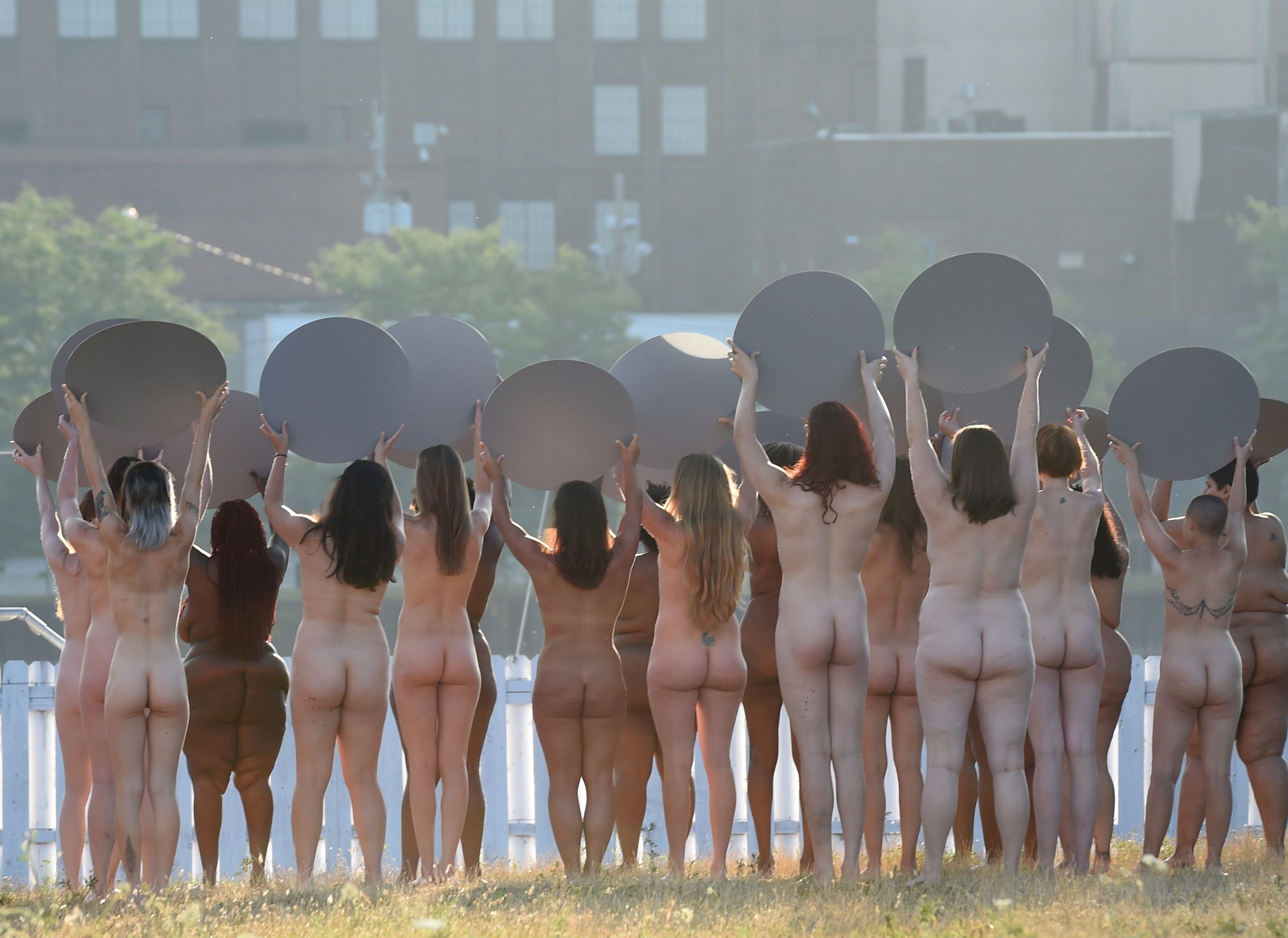 women Nude republican