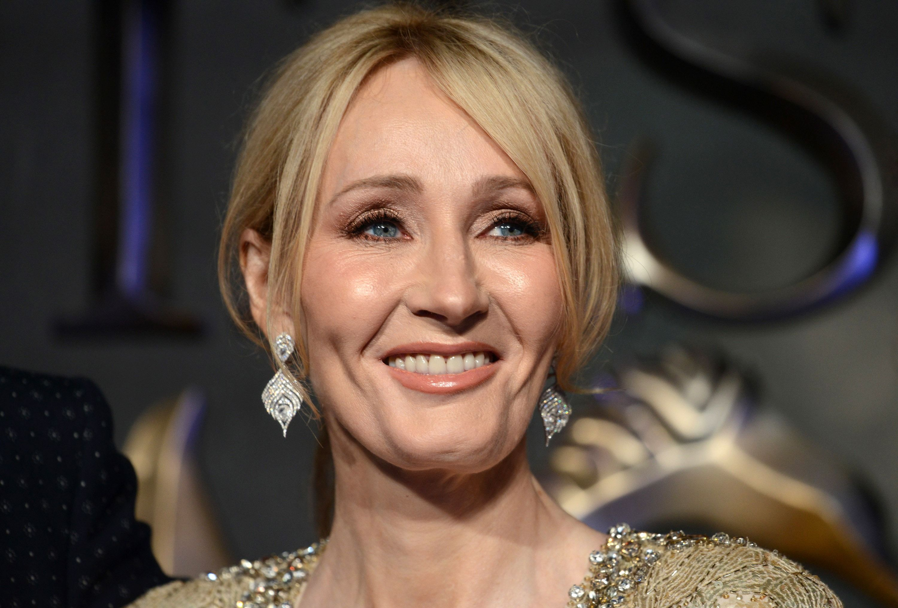 Jk Rowling Blasts Trump With Bible On Family Separation The Forward