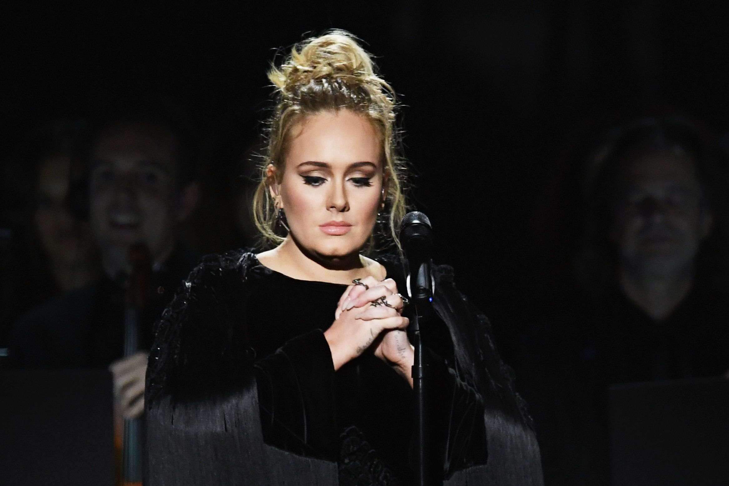 foto Adele Gets Candid About Lifelong Struggle With Depression
