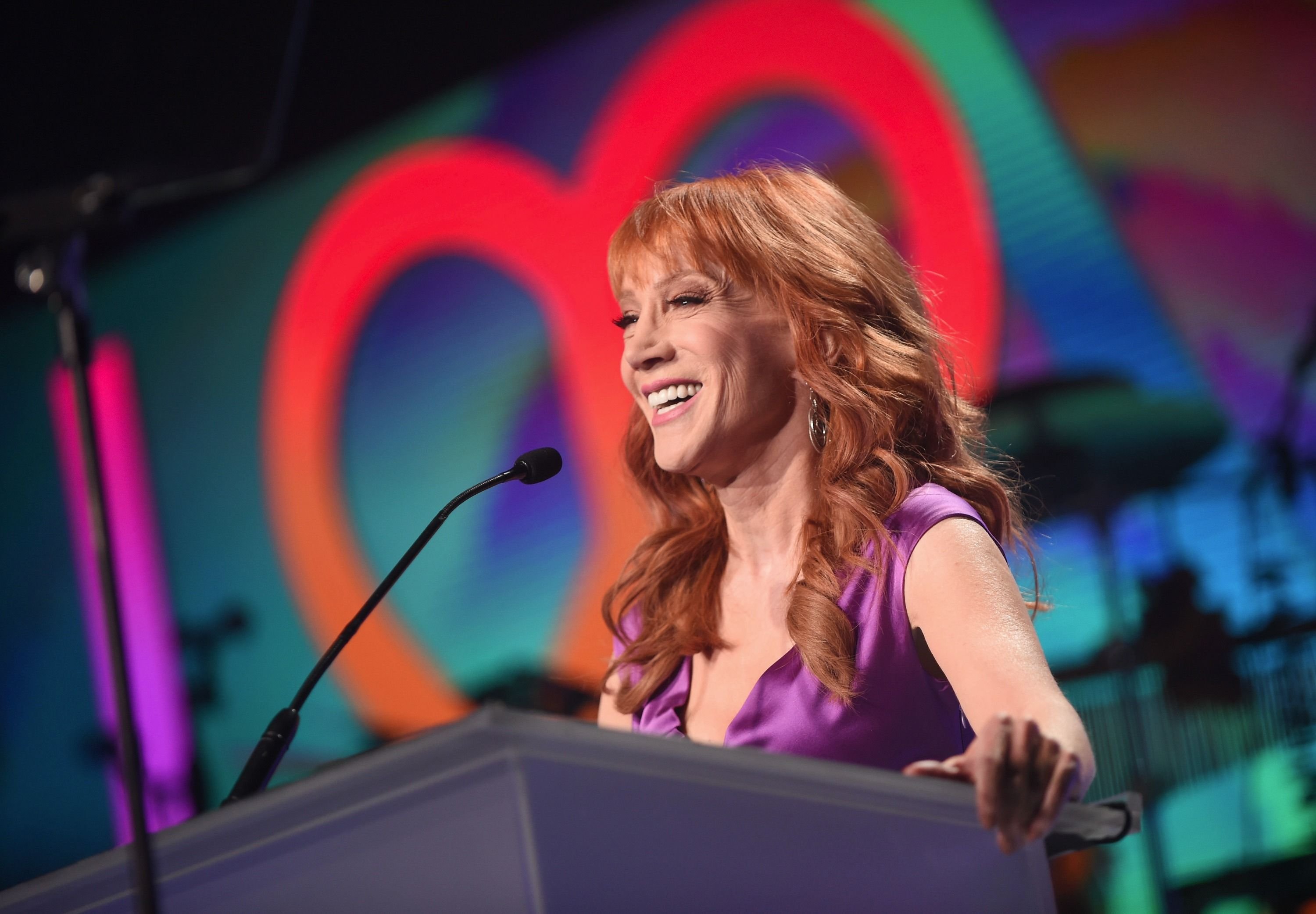 UPDATED: Heads Will Roll: Kathy Griffin in Hot Water for Decapitated ...