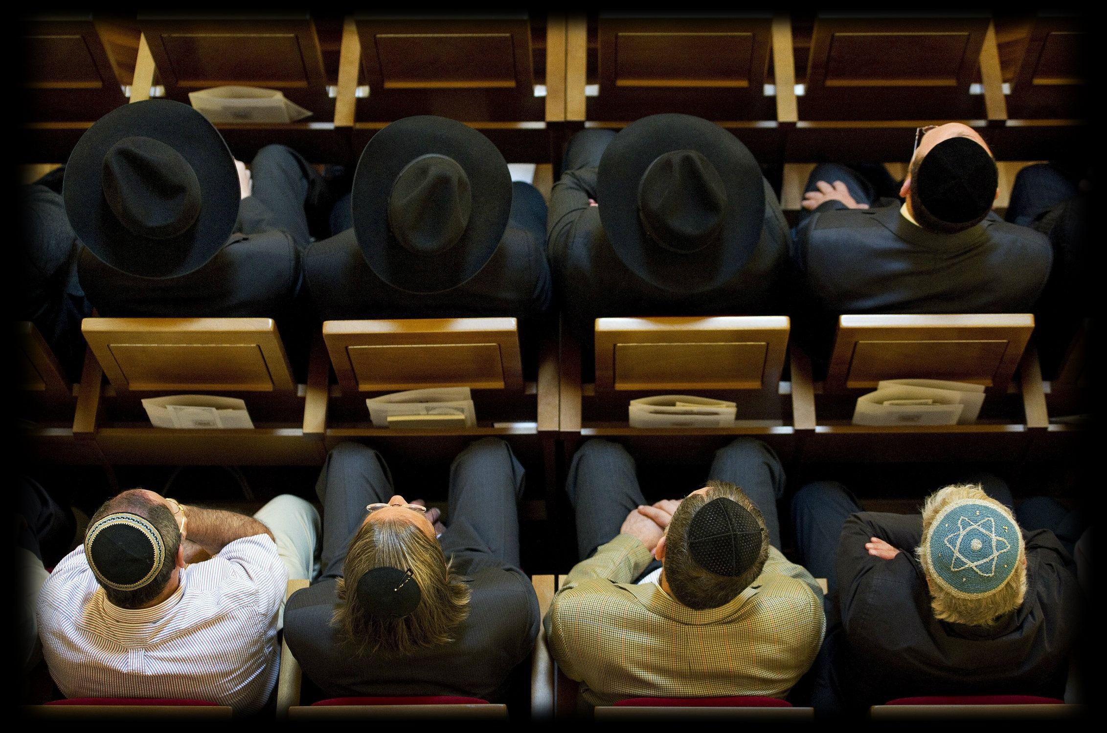 An Unorthodox Secret: How Chabad Fills Pews With Jews