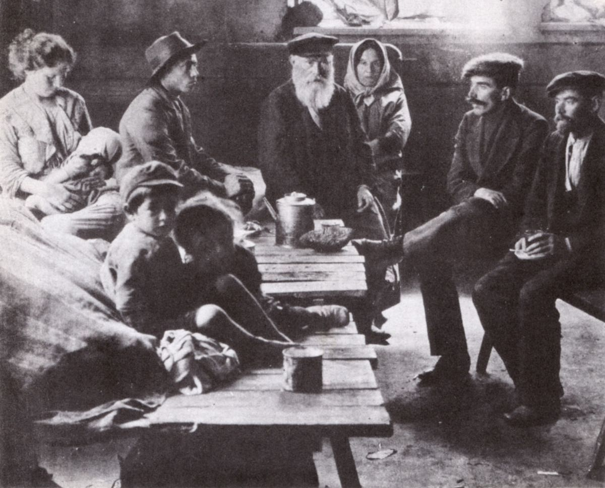 What Did Poor Jews in the Shtetl Eat? – The Forward
