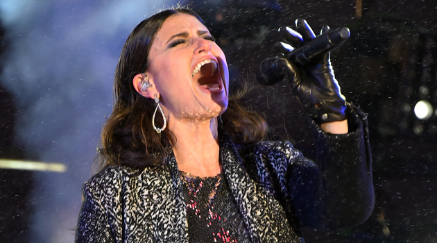 idina menzel to sing at superbowl the forward