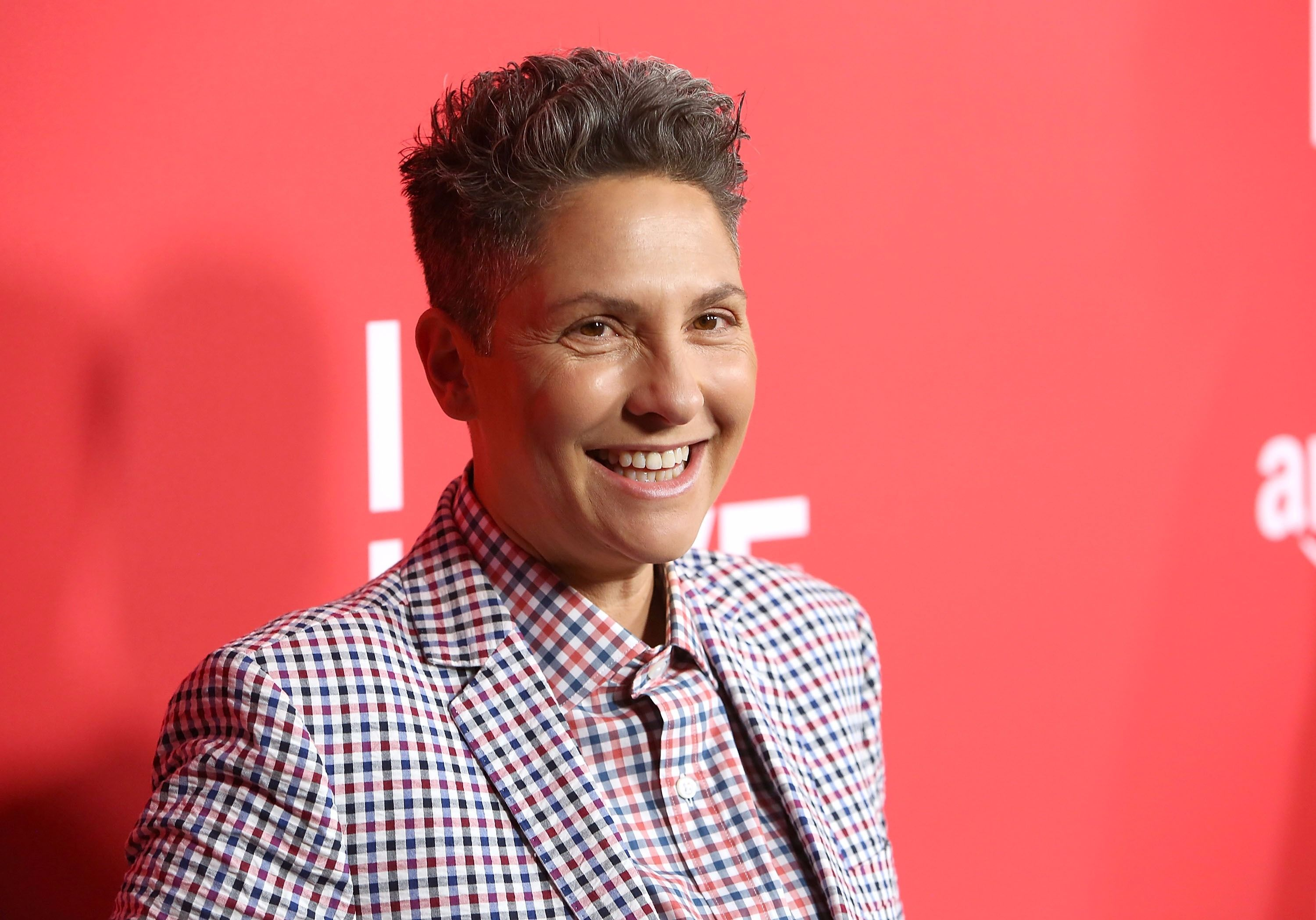 Jill Soloway Of 'Transparent' Comes Out As Transgender – The