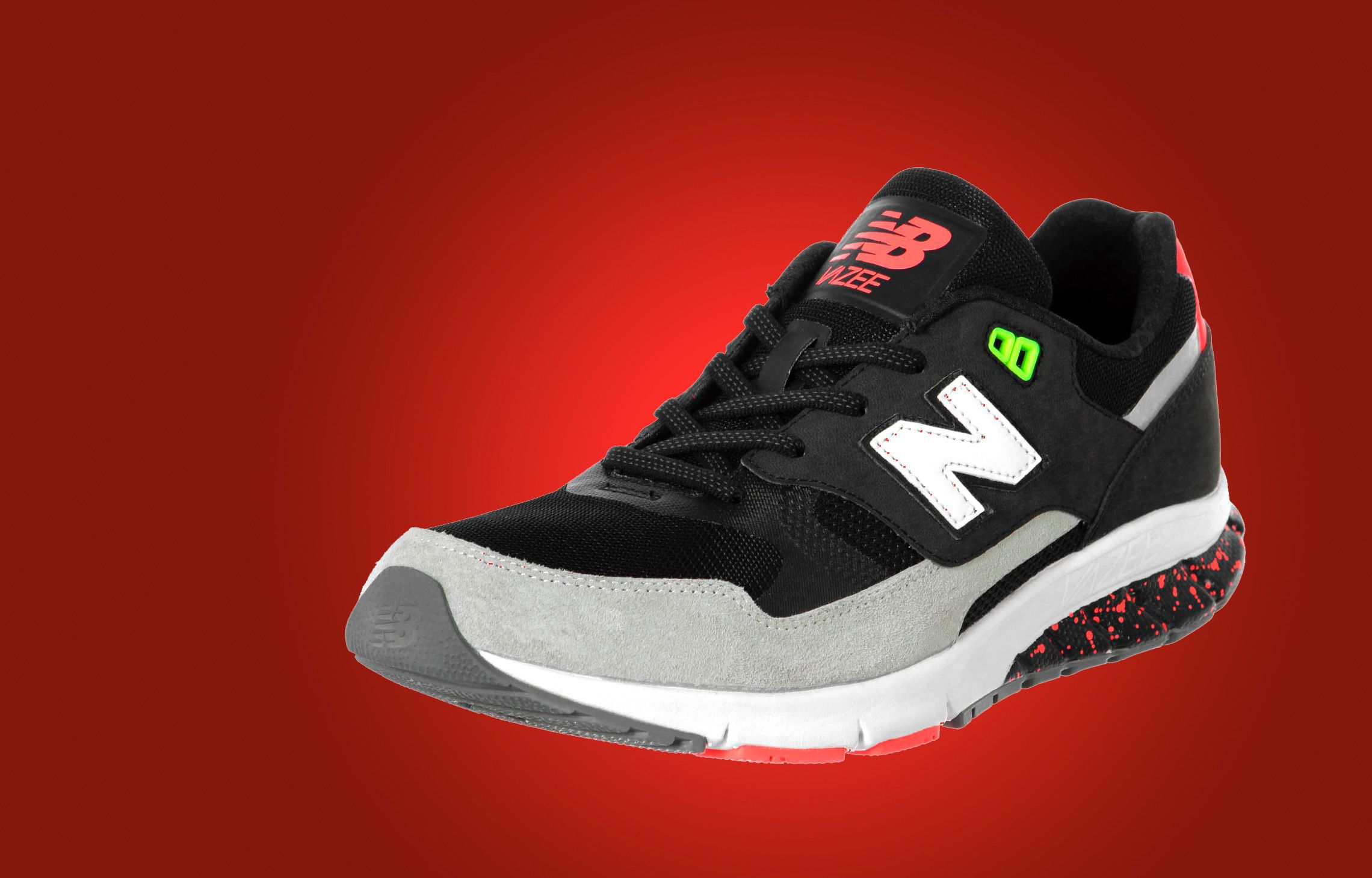 'Alt Right' Proclaims New Balance 'Official Shoes of White People' After  Praise of Donald Trump