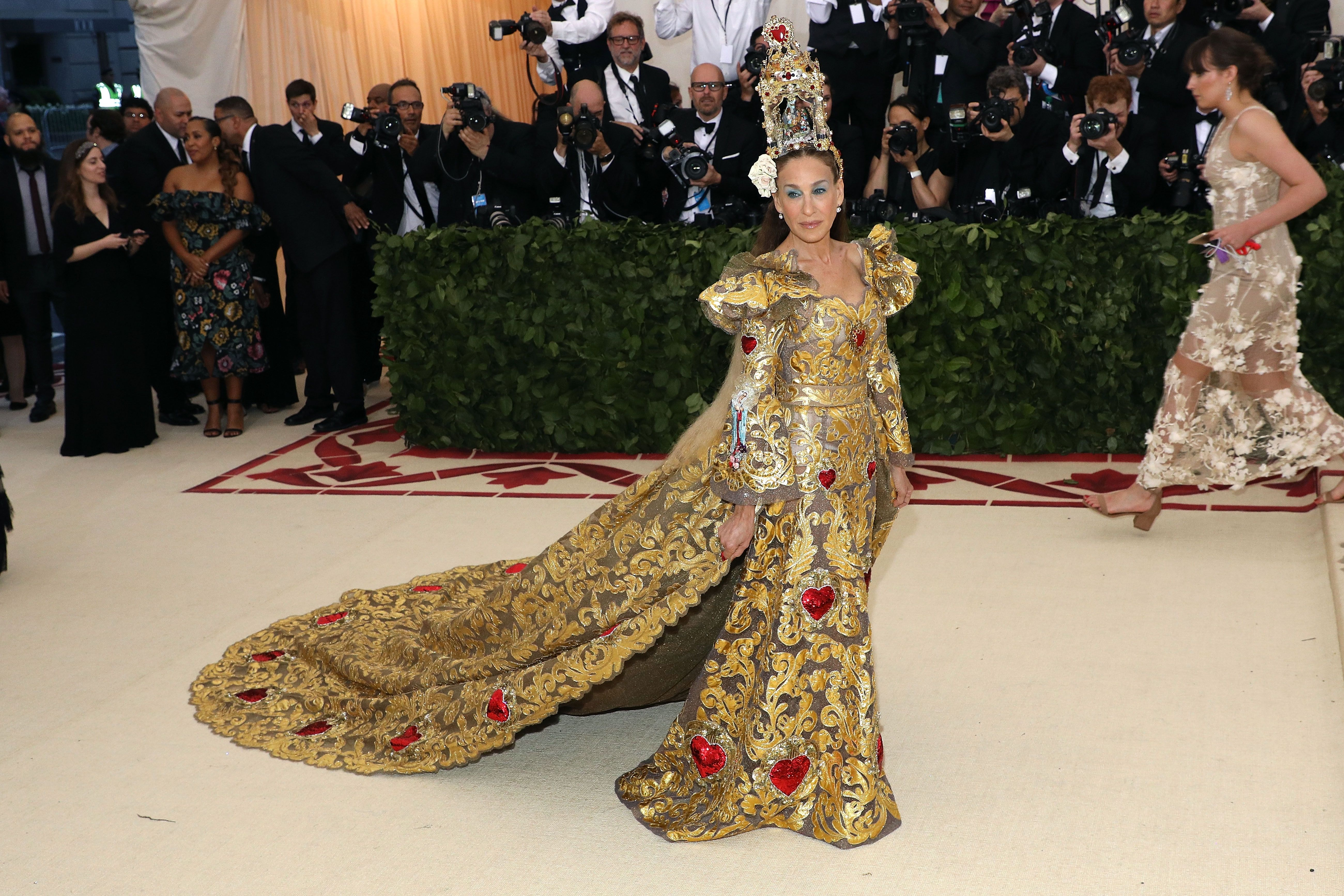 Watch The Ultimate Met Gala Guessing Game: Whos Wearing a Wig video