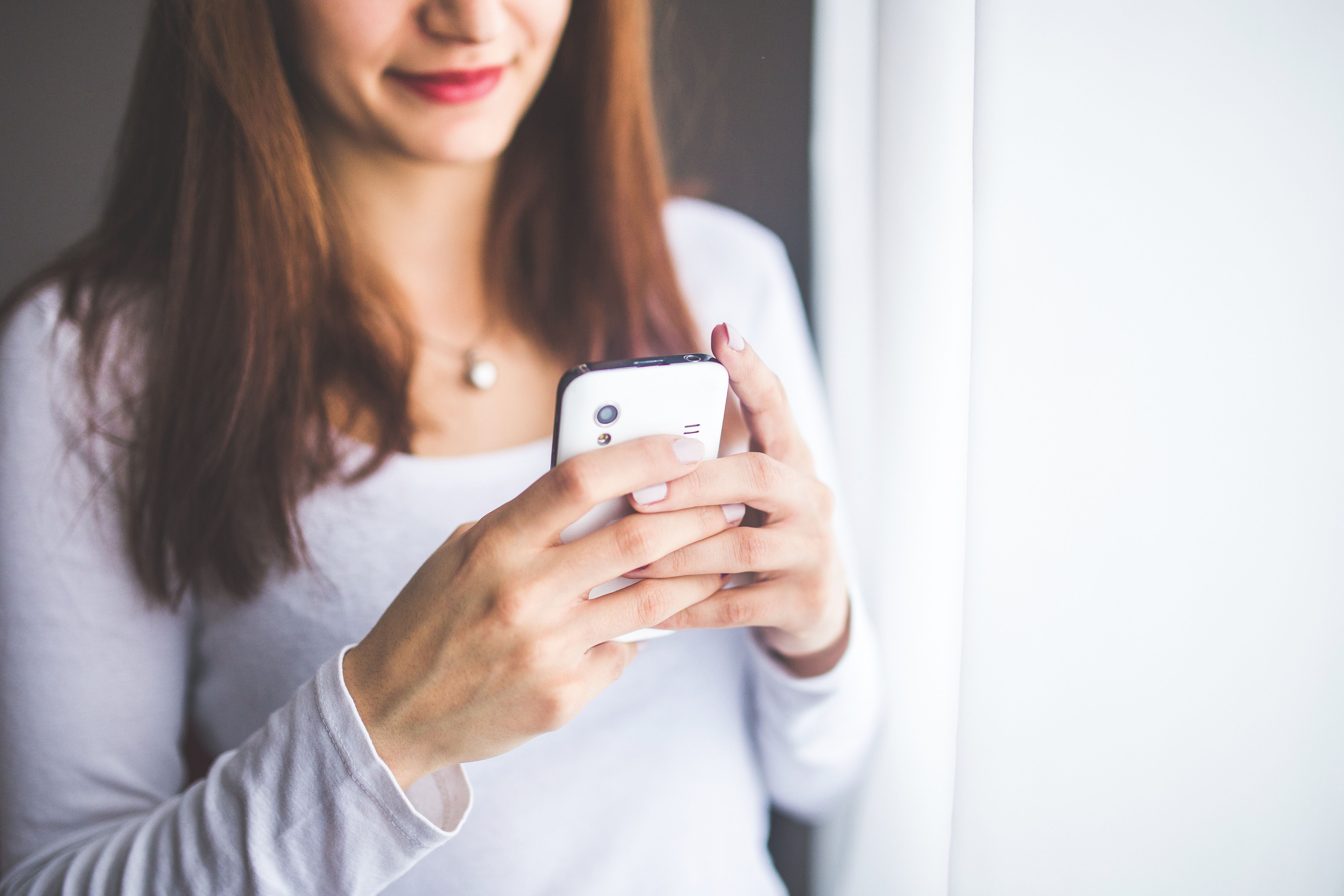Moving from online dating to texting